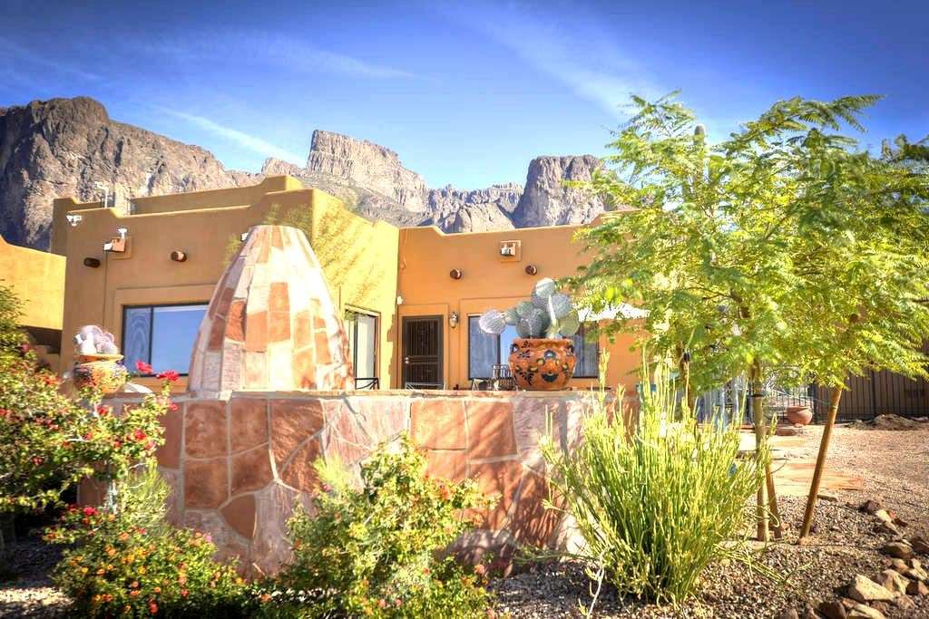 New! Beautiful Cactus Wren Casita - Mountain Views - Apache Junction