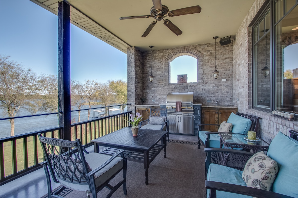 Enormous Lakeside Home for 12 Houses for Rent in Nashville Tennessee United  States Enormous Lakeside. Lease Table Sets Nashville   wholesalesuperbowljerseychina com