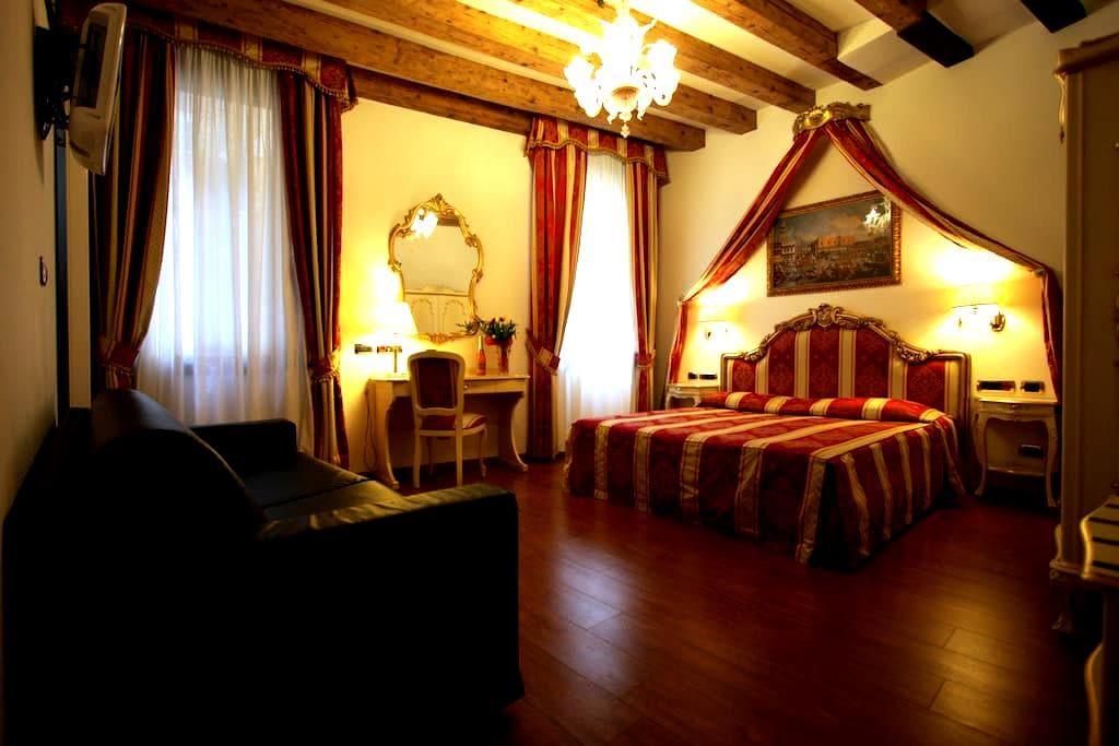GRAN CANAL apartment. - Venice - Apartmen