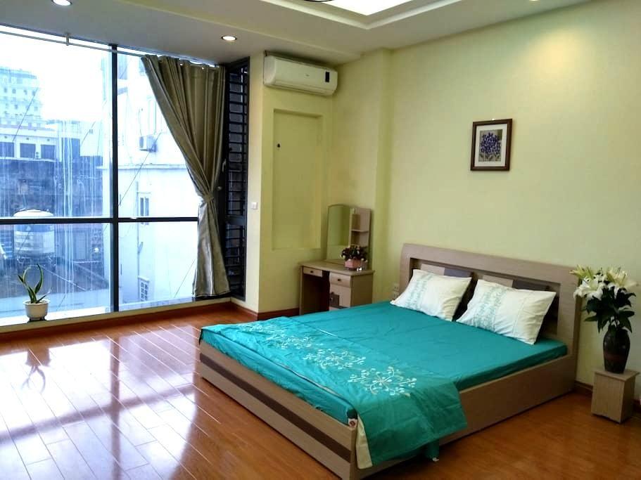 Spacious and cozy room  Hanoi - Cát Linh - Departamento
