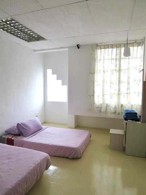Manggis Lodge Room ~ Jonker Walk & UNESCO ~ - Melaka - Casa de huéspedes
