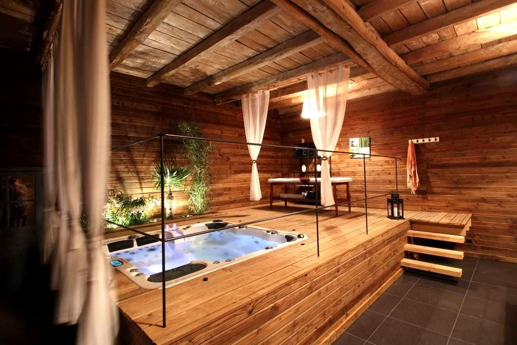 Chambre d'hôtes avec SPA privatif - Ligré - Maison
