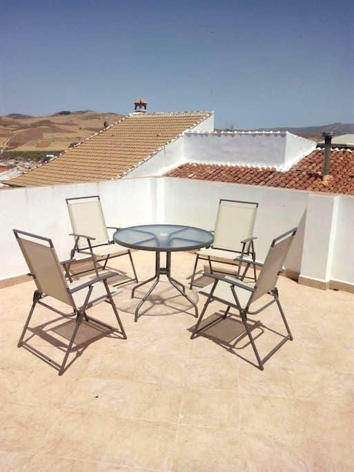 Traditional Spanish house Near Caminito del Rey - Ardales - House