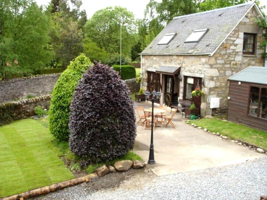 The Old Coach House - Pitlochry
