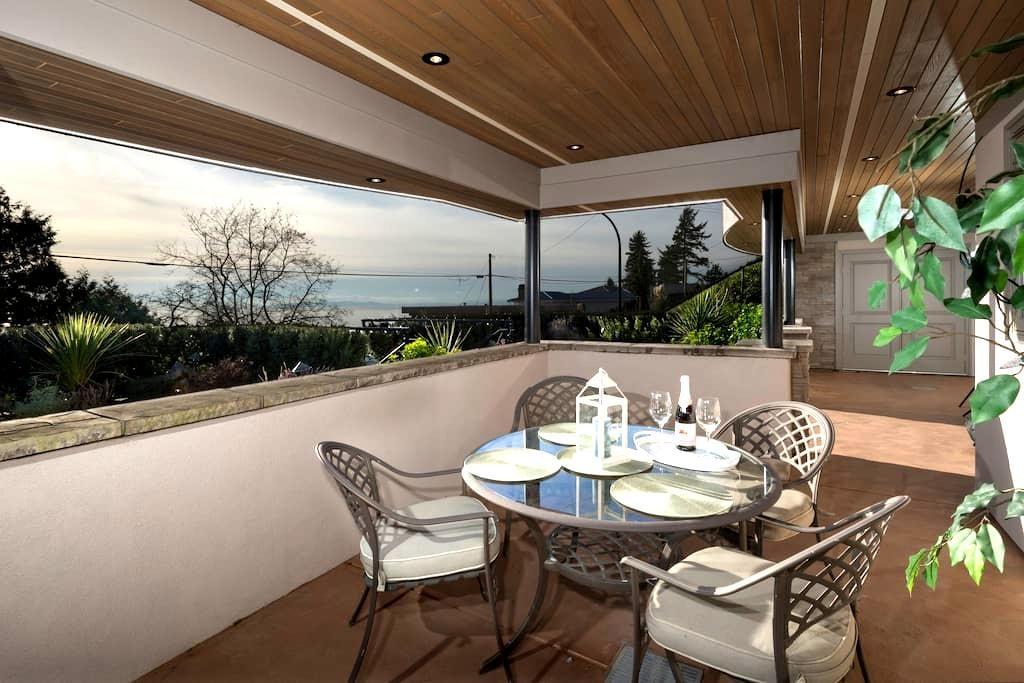 sheila's sunset suite - White Rock - Lägenhet