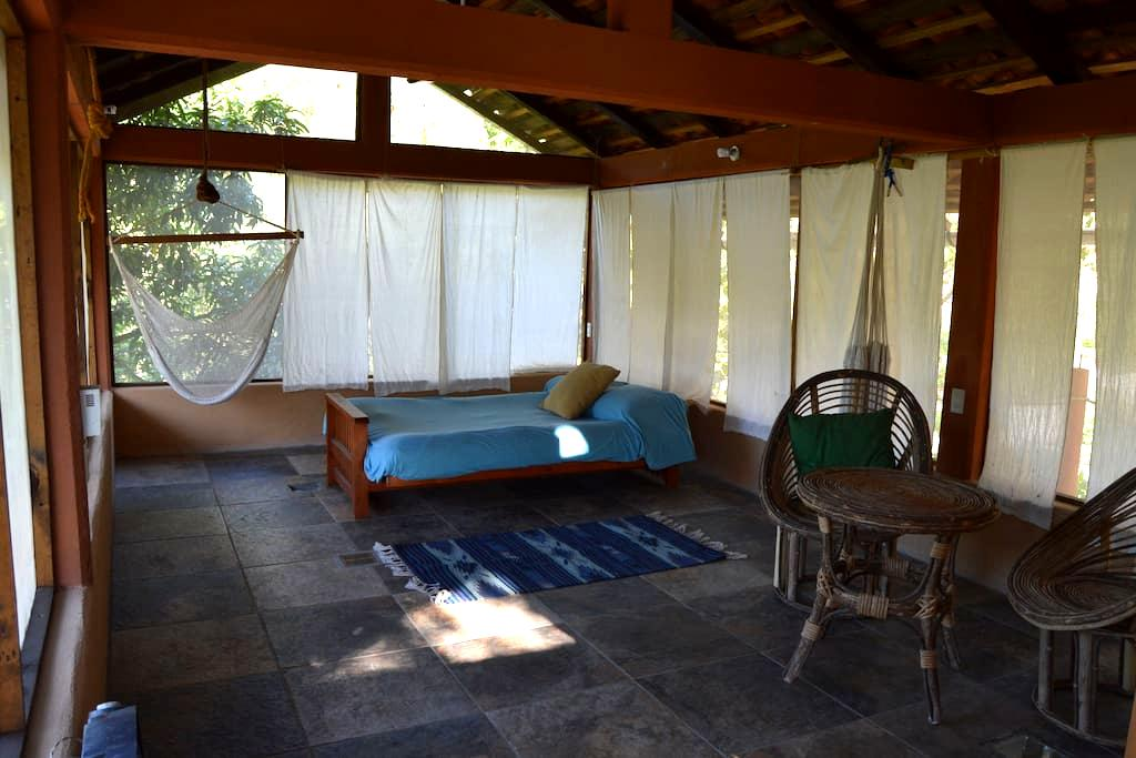 Spacious room on second floor, 5 min to the beach - MX - Haus