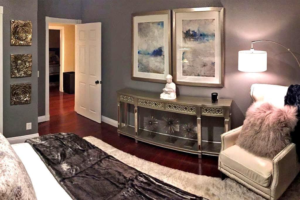 Luxurious Room and Full Bath - Yorba Linda