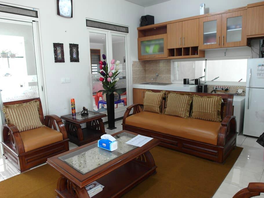 # Rumah Minimalis dilingkungan asri - Padalarang - บ้าน