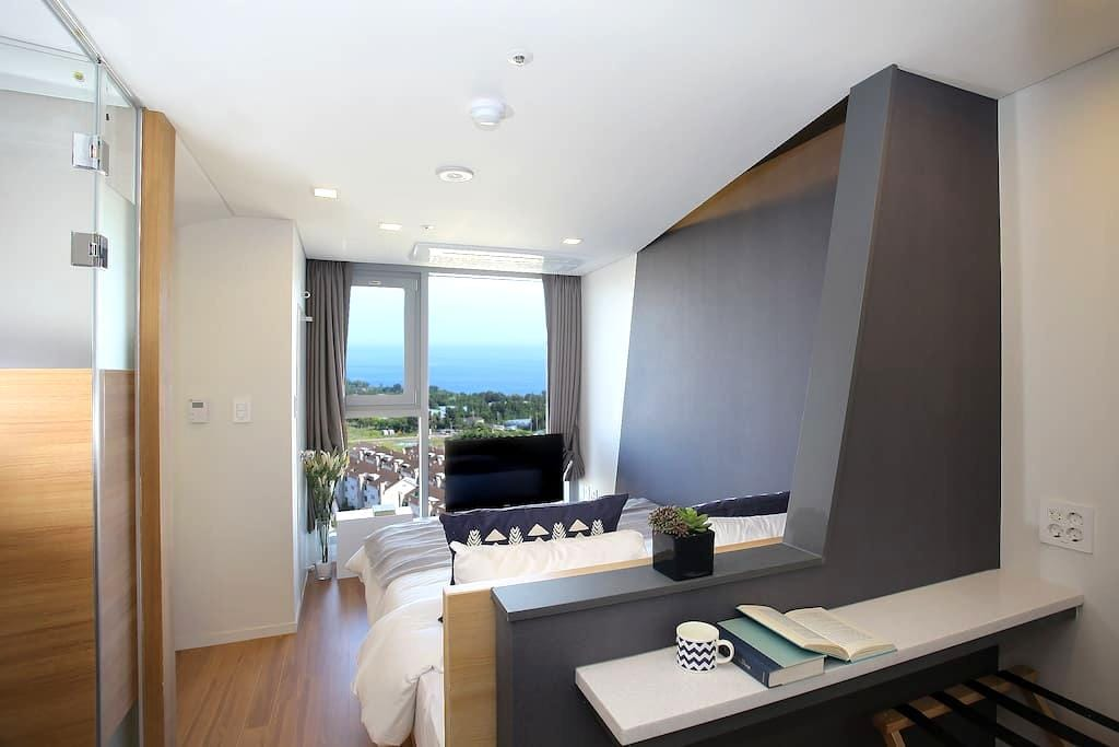 Standard/Hollywood double-싱글룸(Single room) - Seogwipo-si - Apartment
