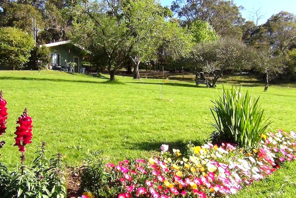 Chelsie's Country Cottages  No3 - Kalgan - Σαλέ