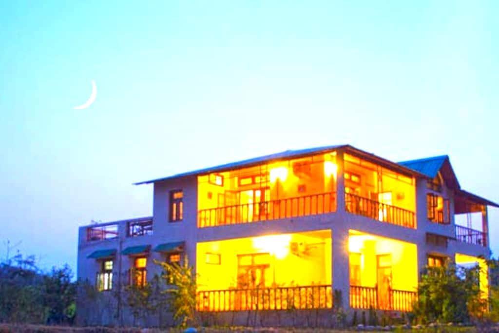 The Ranger's Lodge, Corbett Tiger Reserve - Ramnagar - Aamiaismajoitus