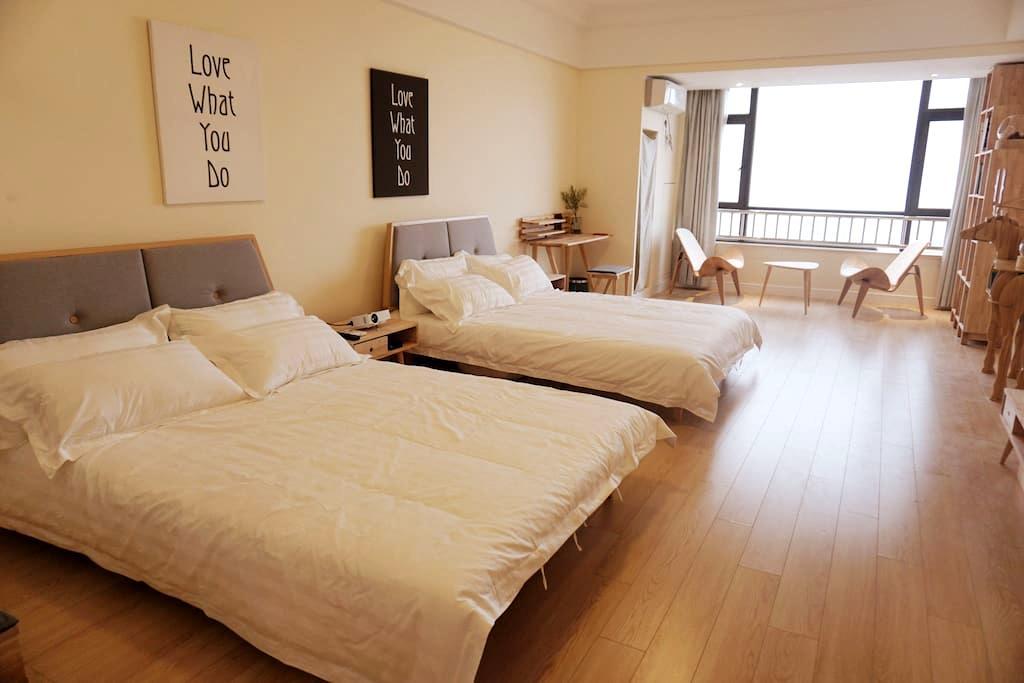 【望山见水】海景大双床一居室公寓青岛市黄岛区万达东方影都(手机实拍) - Qingdao - Apartment