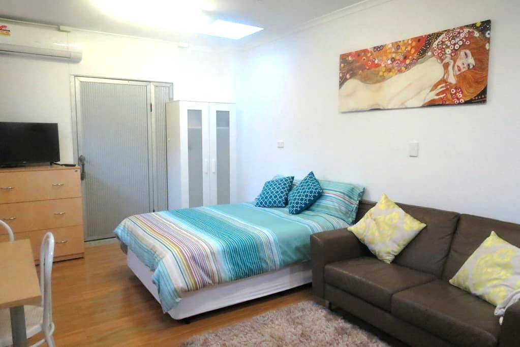 Great private studio - Great location - Surry Hills - Apartamento