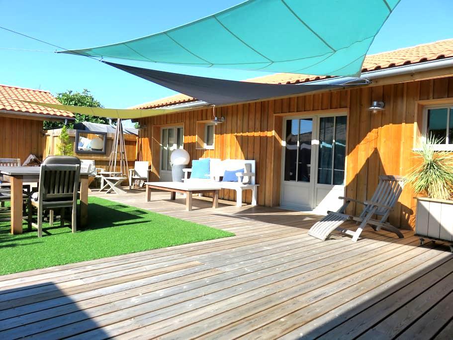 Villa bois de rêve! spacieuse! The place to come! - Biscarrosse