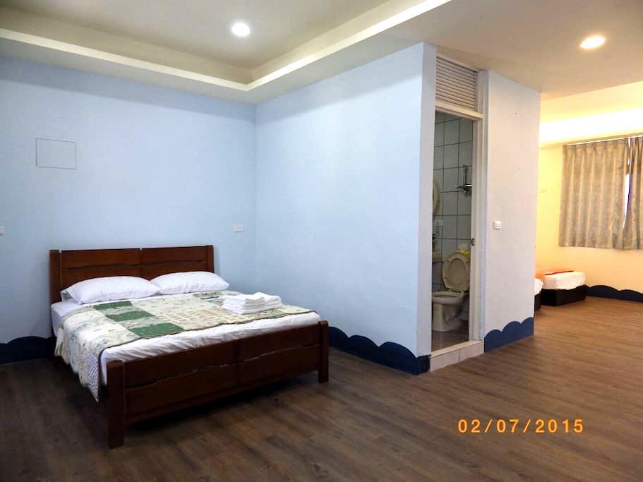 溫馨居家風,一天只招待一組客人,可入住8人,適合家族旅遊,同學聚會 - Xincheng Township - House