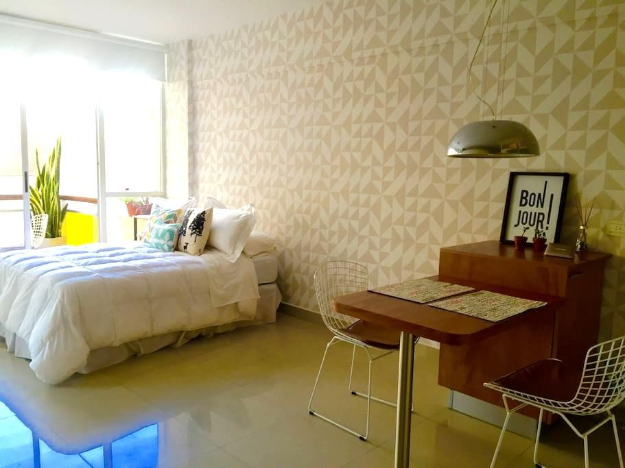 NEW LUXURY APT IN PALERMO HOLLYWOOD WITH POOL!!! - Buenos Aires - Pis