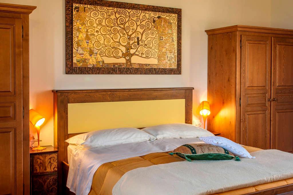 Camera e bagno - Agr. Primaluna - Castenaso - Apartment