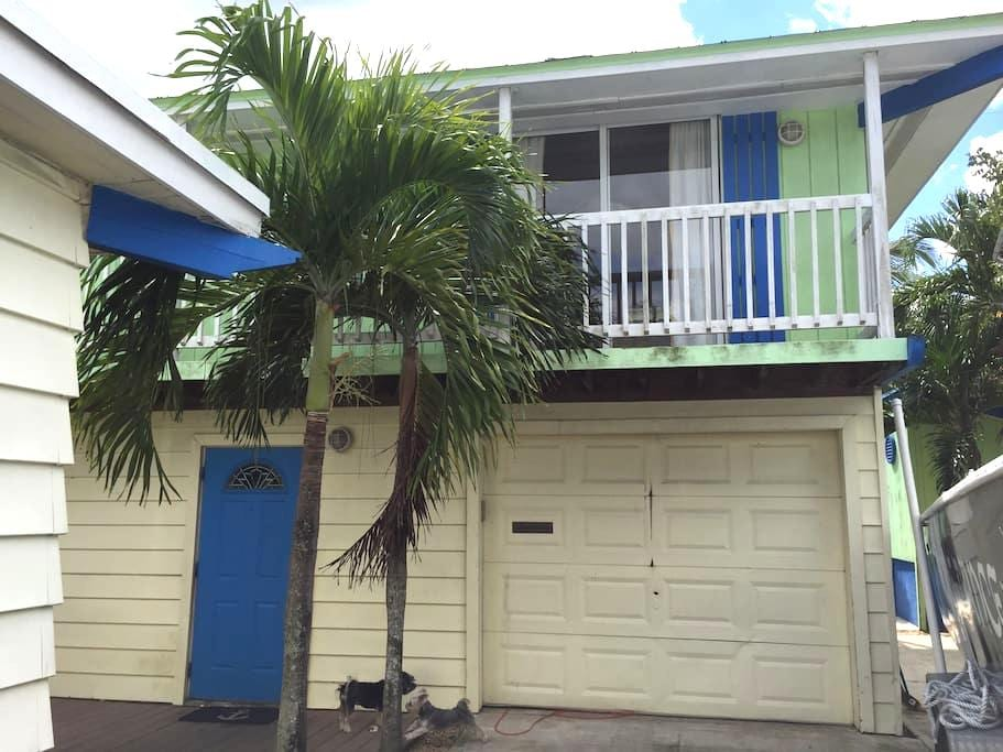 Private Bungalow Close to Beach - Delray Beach - Bungaló
