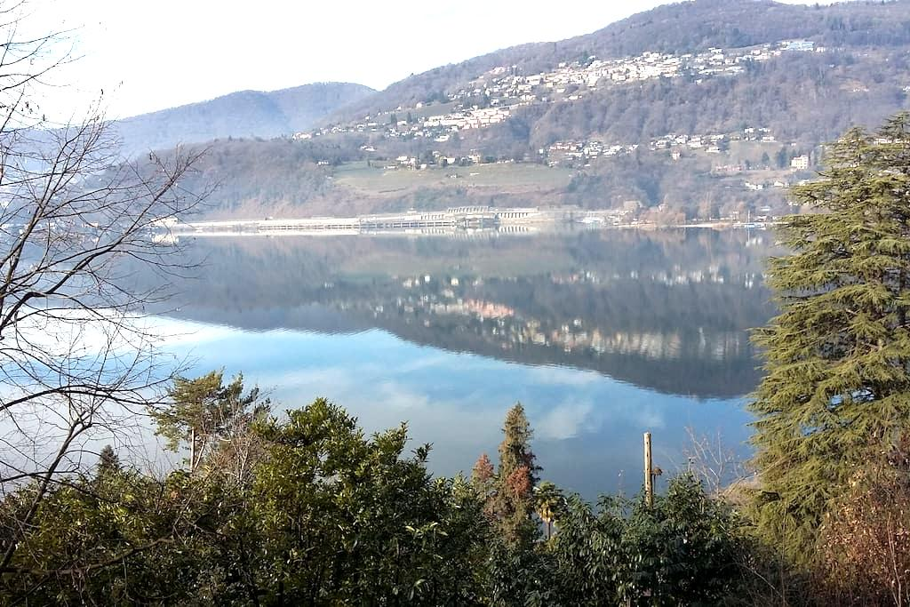 Luganersee mit separatem Seeanstoss - Collina d'Oro - Casa