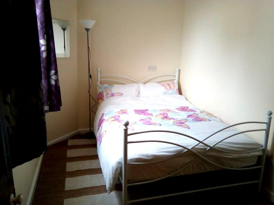 Self contained flat - Colwyn Bay - Huoneisto
