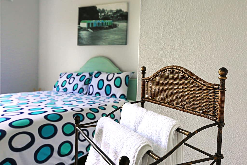 YouR CozY RooM 2 @ AVENUES + 2 bikes - Tauranga - Guesthouse