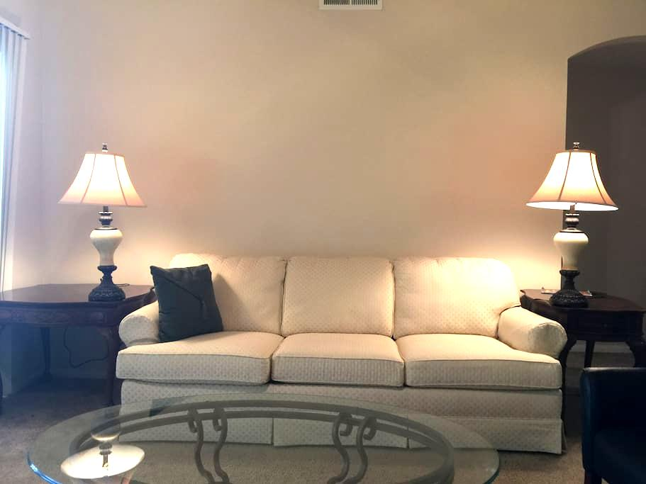 Thornton Haven (Private Bed & Bath with TV) - Thornton - Apartment