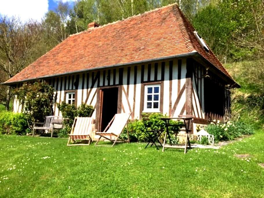Gite normand - Saint-Julien-de-Mailloc - Rumah