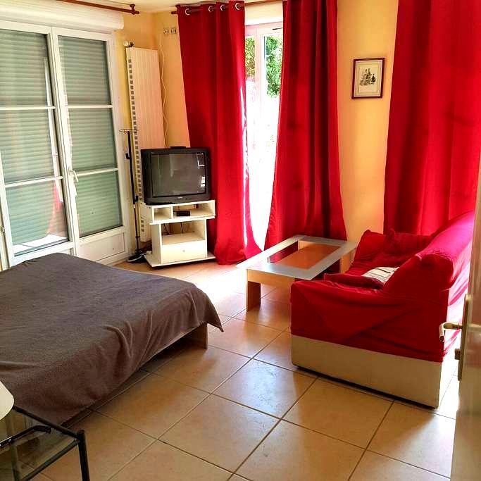chambre dans villa - Cluny