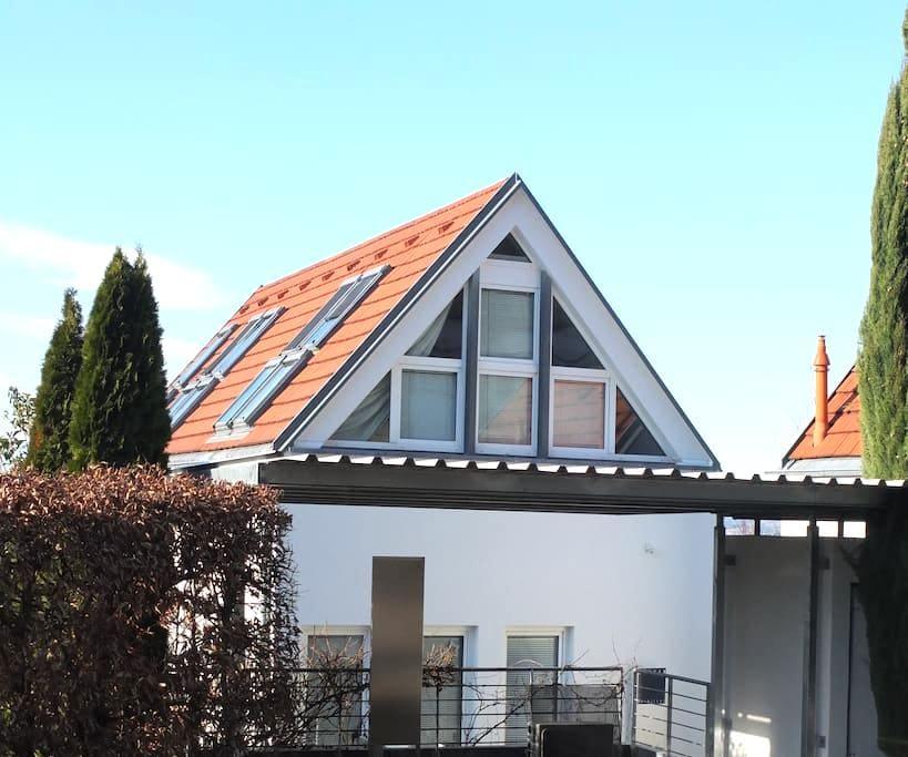 *Sonnhalde*Ferienwohnung DG**kl. Garten*Beste Lage - Freiburg im Breisgau - Hus