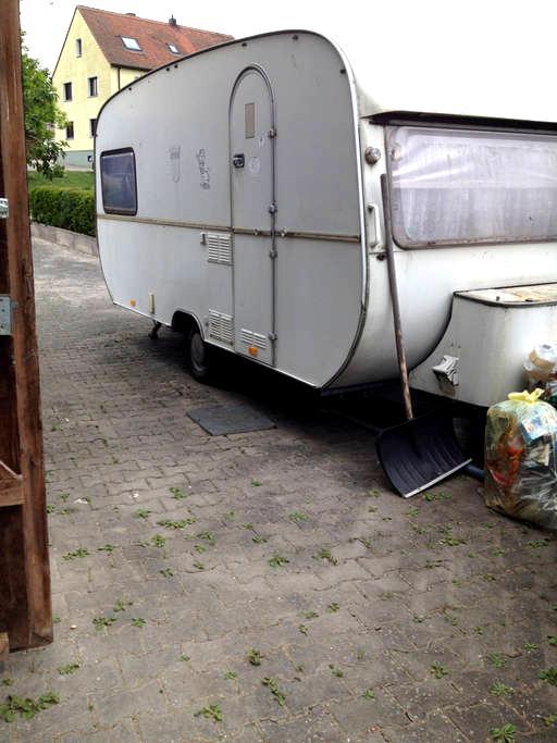 Wohnwagen für preisbew. Touristen ! - Feuchtwangen - Karavan/RV