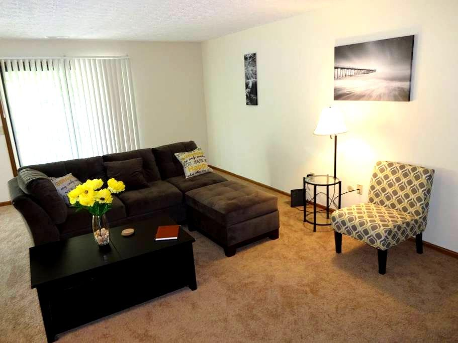 The Sanctuary...spacious 2bdrm apt - Pickerington - Apartment