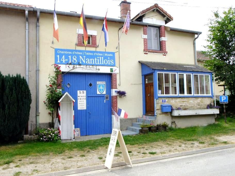 14-18 Nantillois - Nantillois - Bed & Breakfast