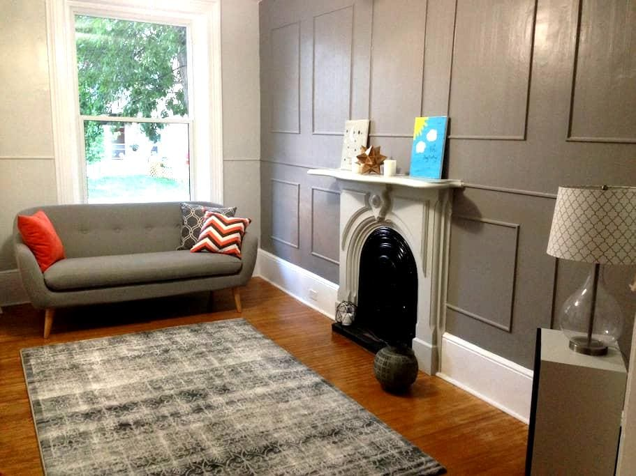 Relaxing & Healthy Room in Great Downtown Location - Kingston - Hus