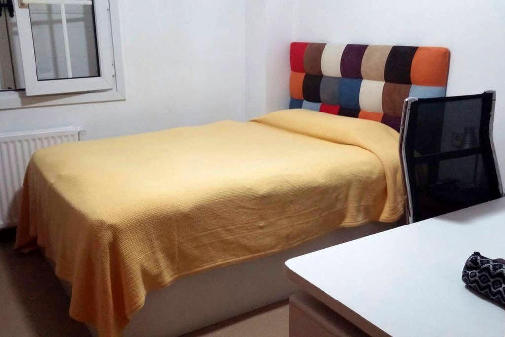 Habitación doble en Urb. Privada - San Antonio de Benagéber, España
