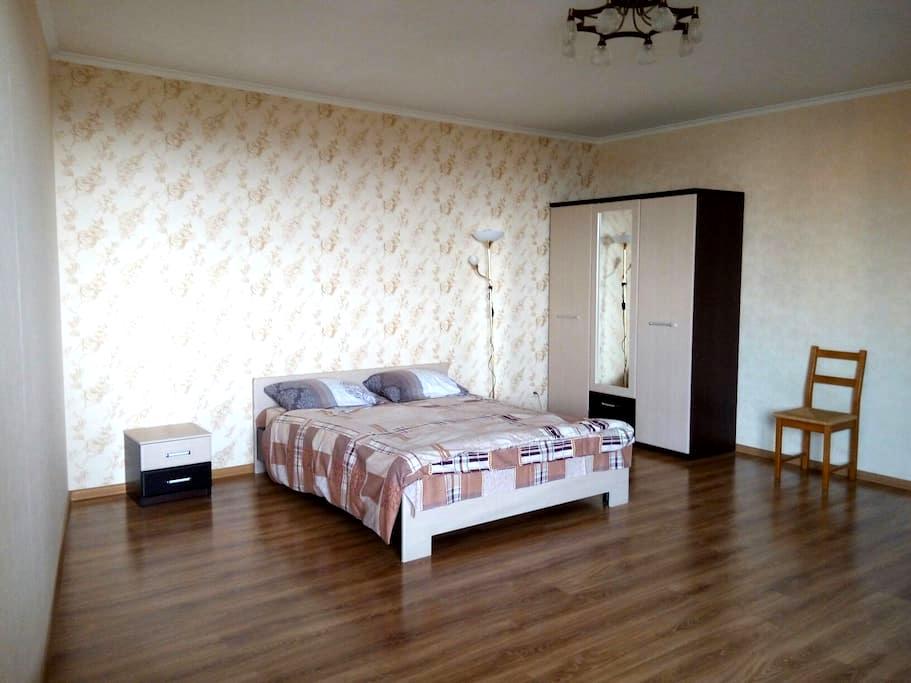 Квартира в новом доме бизнес класса - Київ - Apartment