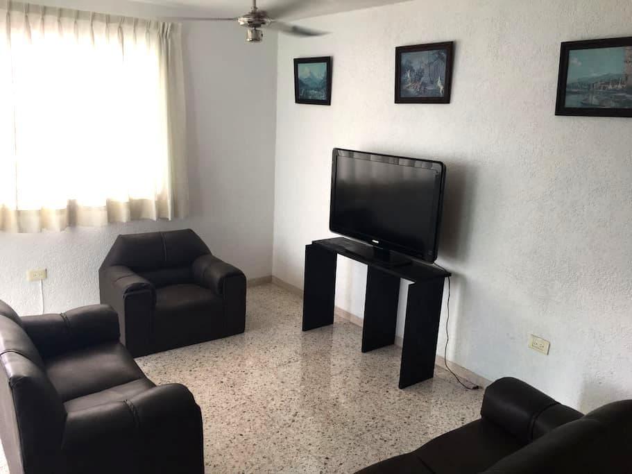 Departamento amplio en el centro de Merida - Mérida - Apartment
