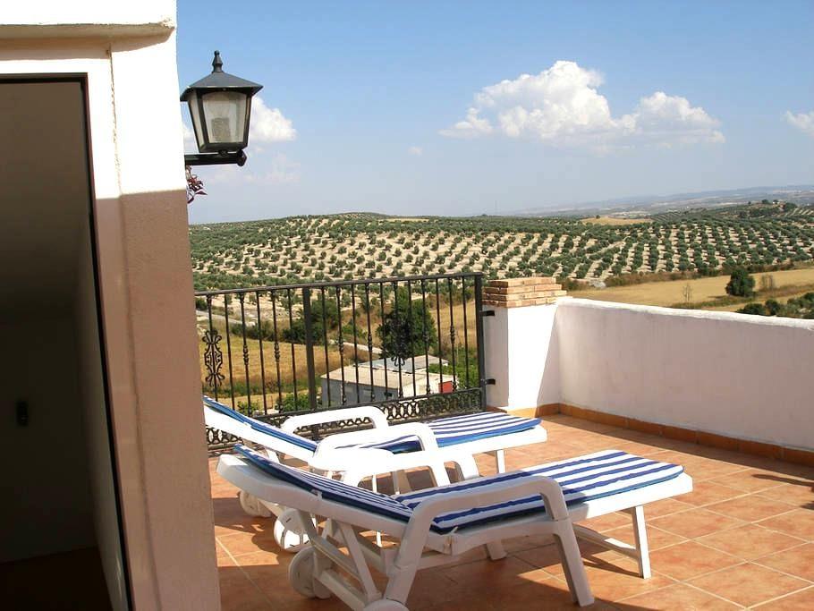 Tranquil retreat stunning views - Brácana - Casa