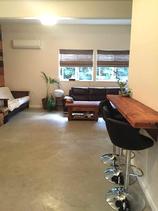 Convenient Home in Diamond Head - Honolulu - Rumah
