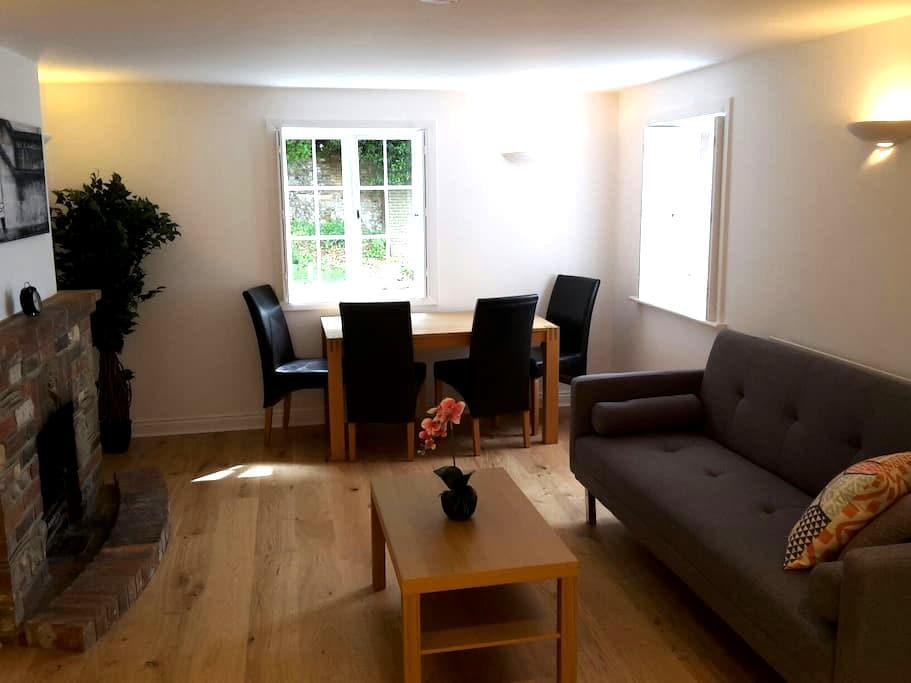 Modern apartment near Goodwood - Boxgrove - Appartement