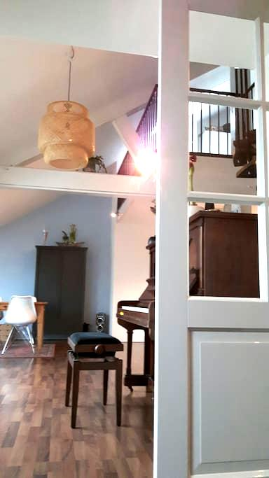 cosy apartment with roofterras - Uden - Byt