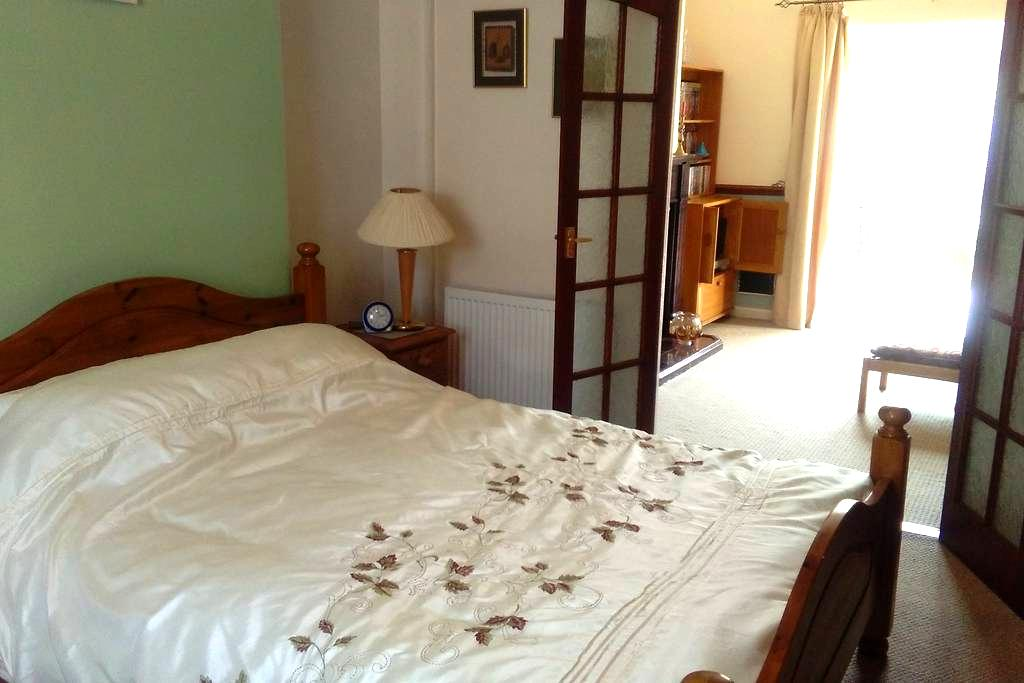 Beautiful Rooms in Victorian Sea-Side Home - ฟิลิกซ์สโตว์