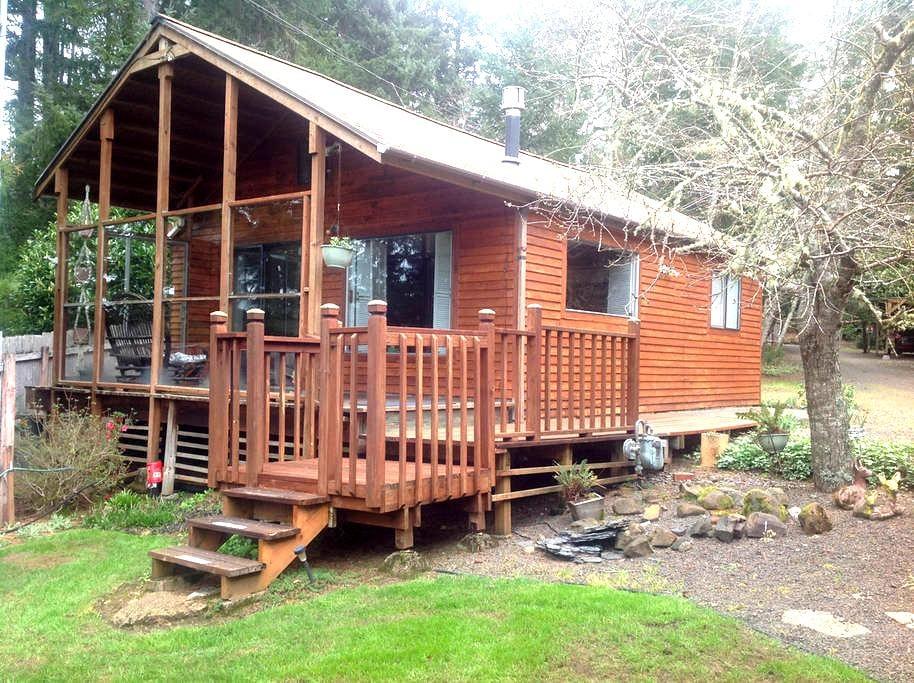 cabin on a 680 acre lake - Otis - Cabane