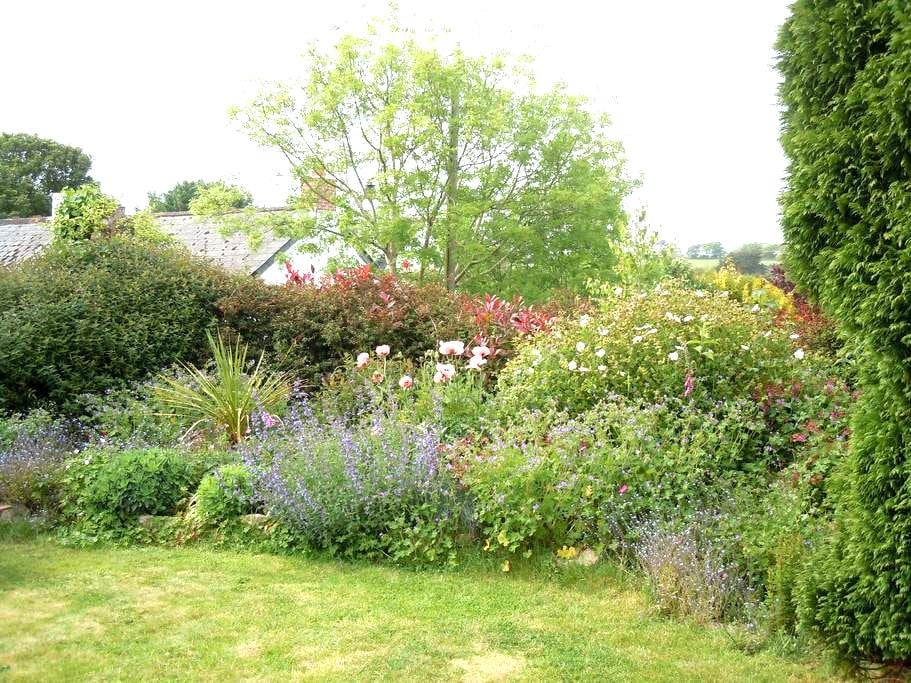 The Mill - 1 bed detached cottage (1 dog welcomed) - Falmouth - Hus