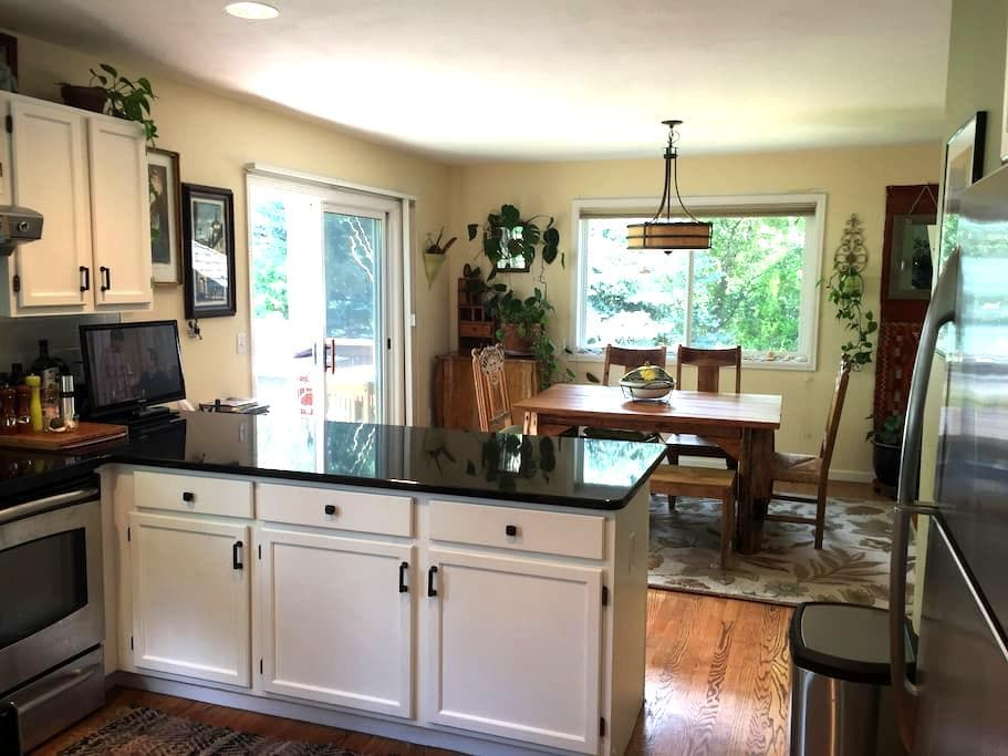Lovely Big Bright Airy 4BR House (with cat :-) - Boulder - Maison