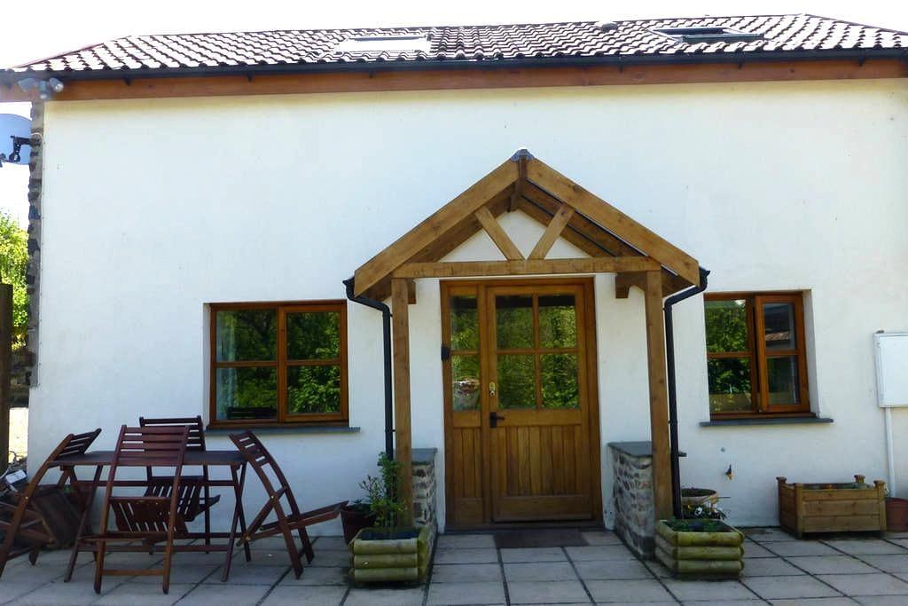 Lovely spacious barn conversion - Braunton - Casa