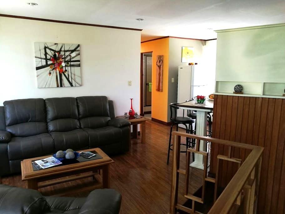 Big & Cosy Private Apartment - San José - Condominium