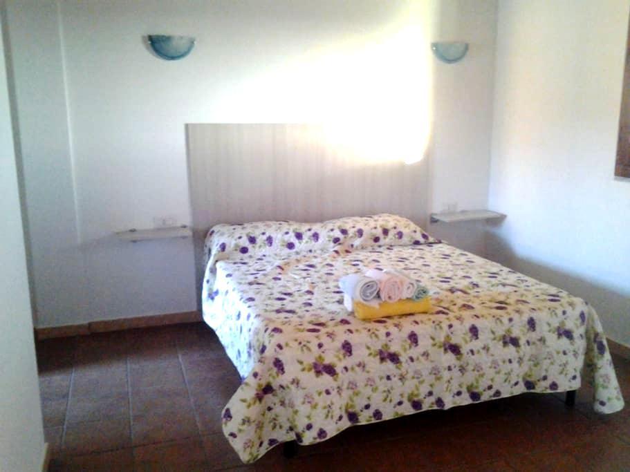 Familiare in Casa di Campagna 2 - Flussio - Bed & Breakfast
