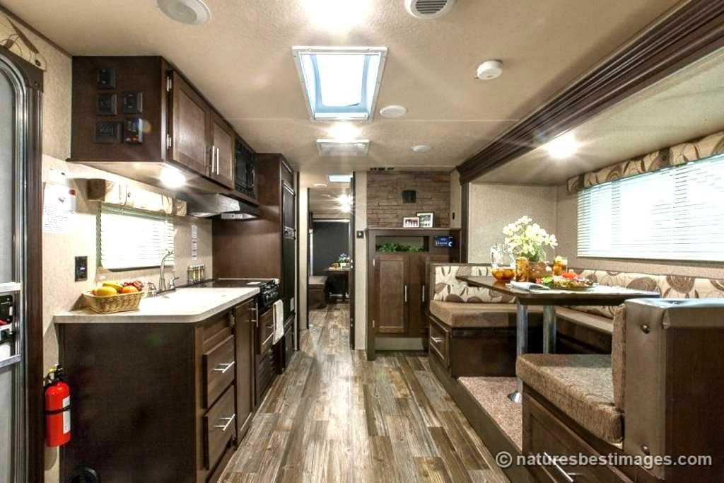 Camper close to Wellington Equestrian Activities - Loxahatchee