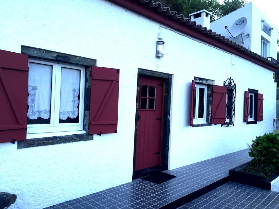 Paradise House at Furnas. é a casa de férias ideal - Furnas - Huis