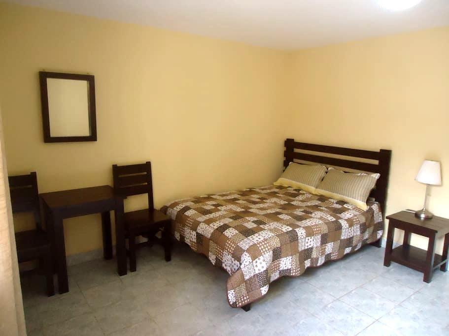 Cómoda Habitación + Desayuno y más - Cochabamba - Inap sarapan